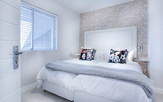 寝室のレイアウト③ 8畳のベッド配置 | KAGU.net